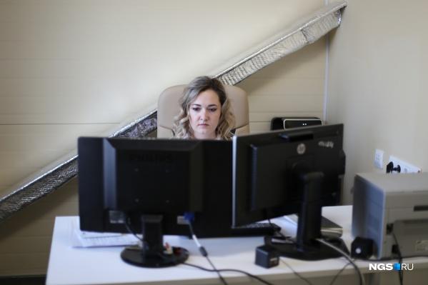 Наталья Ушакова говорит, что онкологи знают распространенные пути метастазирования того или иного вида рака, поэтому отправляют пациентов на конкретные исследования