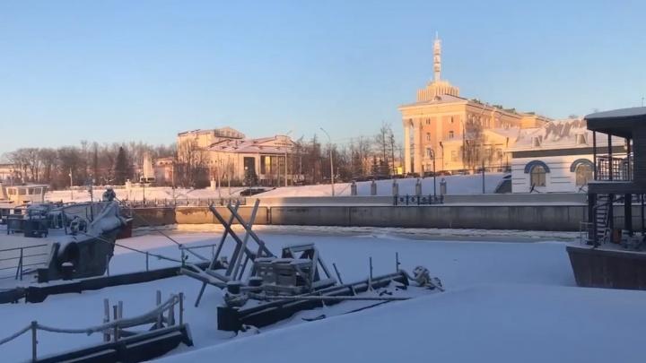 «Это же пытка!»: что говорят читатели 29.RU о гуле с баржи в Архангельске, который мешает им жить