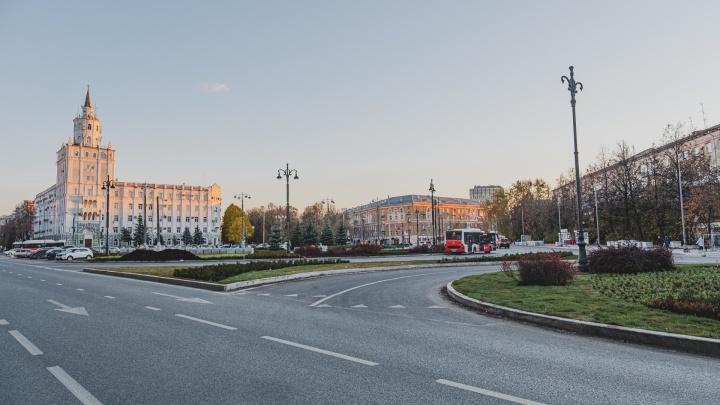 Мэрия Перми сообщила, что на Компросе завершили укладку дорожного покрытия. Как он сейчас выглядит: фото