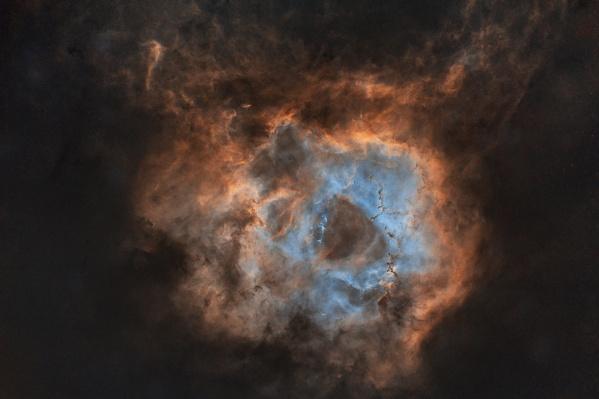В Новом общем каталоге туманность Розетка носит название NGC 2237