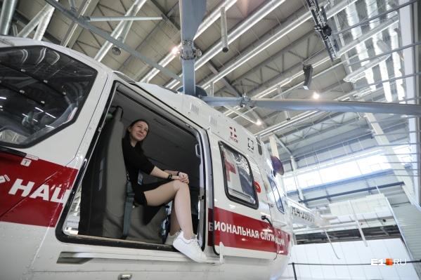 На выставке можно посидеть внутри вертолета и сделать эффектное фото