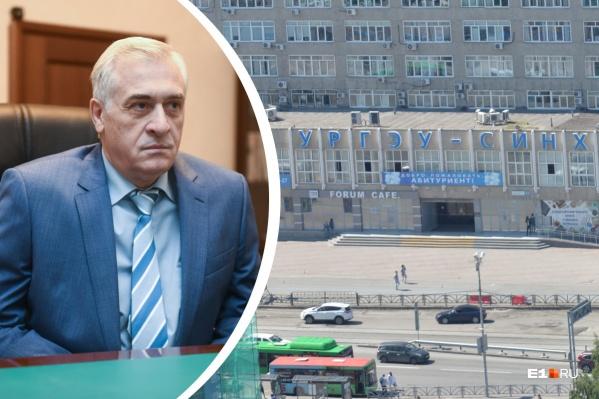 По словам ректора Якова Силина, к началу учебного года 60% студентов и сотрудников УрГЭУ будут привиты от COVID-19