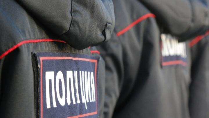 Бывшим полицейским из Ленского района дали три года колонии — они избили свидетеля по делу об угоне