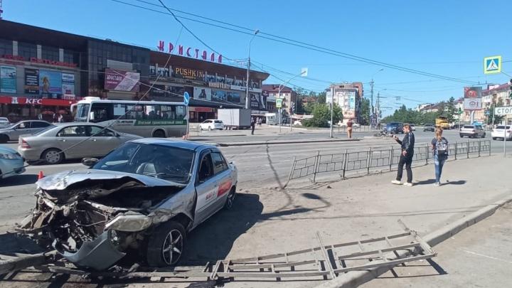 Парня, которого у «Кристалла» сбил водитель «Мазды», выписали из больницы