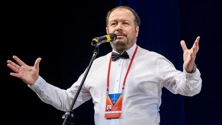 «Человек-глыба, вечный движок»: в Тольятти умер спортивный журналист Валерий Мальков