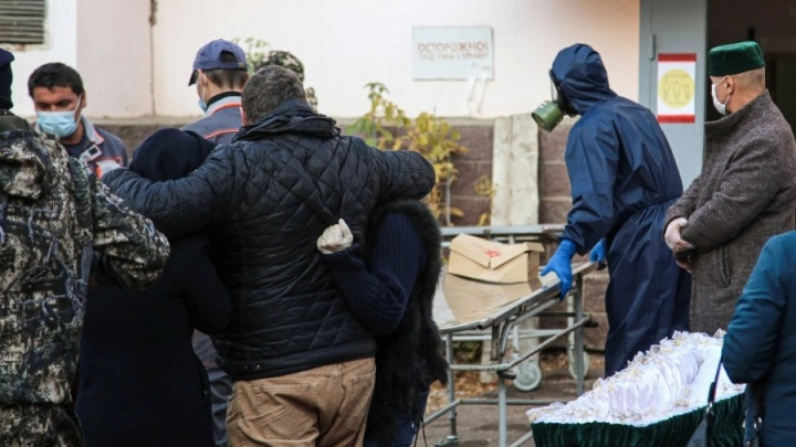 Умирают ежедневно: от ковида в Башкирии за неделю скончались более 50 человек