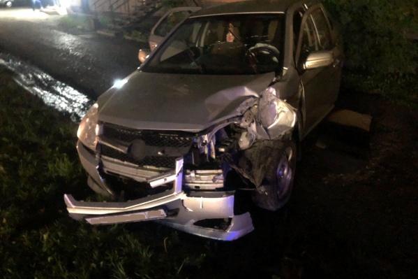 Водитель иномарки в ДТП избежал травм