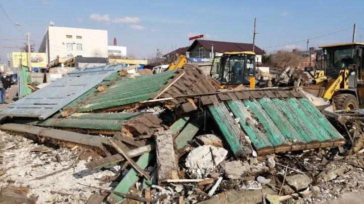Здание начала XX века на улице 10 лет Октября снесли из-за аварийного состояния