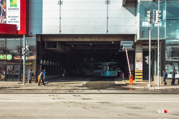 75-е автобусы больше не будут курсировать от «Авроры»