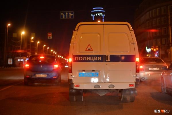 Утром по торговым центрам в Екатеринбурге прокатилась волна лжеминирования