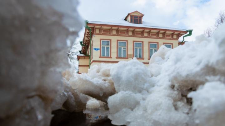 Коснется центра и Соломбалы: десятки домов в Архангельске до вечера остались без света, воды и тепла