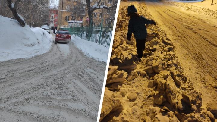 «У нас, как в Египте,— одни пирамиды»: новосибирцы жалуются на плохую уборку снега— фото от читателей НГС