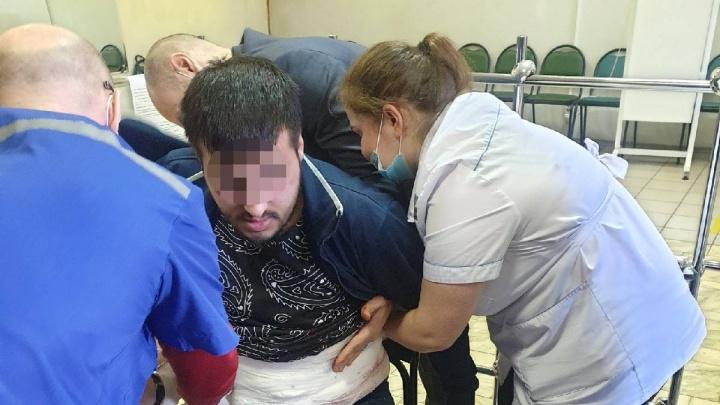 Вооруженный человек напал на студента в Демидовском университете. Что известно к этому часу