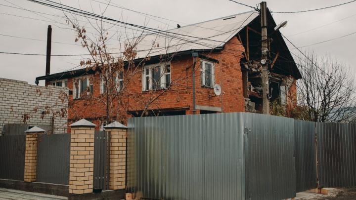 Многодетная семья из Тюмени не может получить компенсацию за разрушенный после взрыва дом