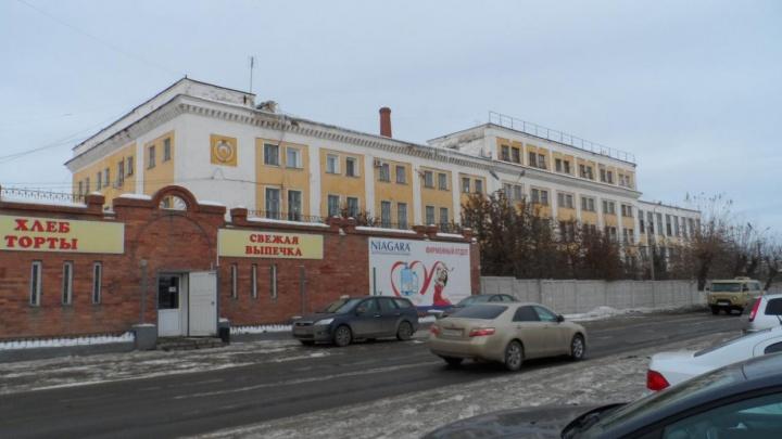 На руководство хлебозавода в Челябинской области возбудили дело за миллионные долги по зарплате