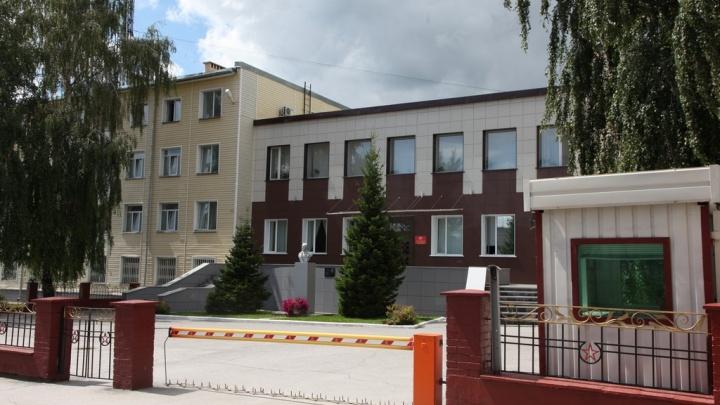 В Новосибирске на работе умер преподаватель из военного института
