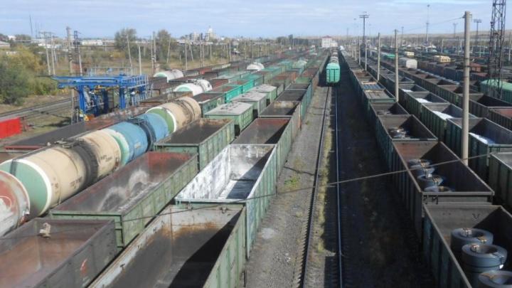 РЖД выплатит компенсацию школьнице, которую ударило током во время селфи на крыше поезда