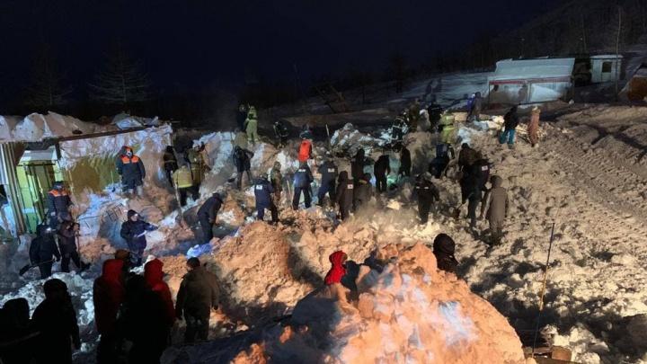 Под Норильском сошла лавина: траур по погибшей семье объявлен 10 января