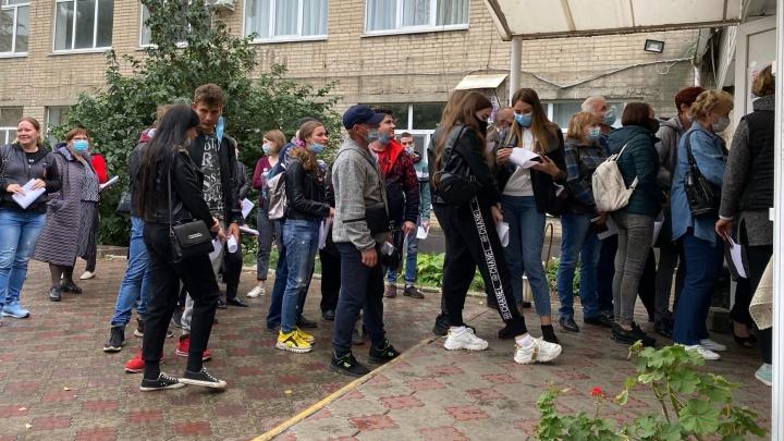 «А мы тут остаемся»: как жители Донбасса голосовали за будущее России