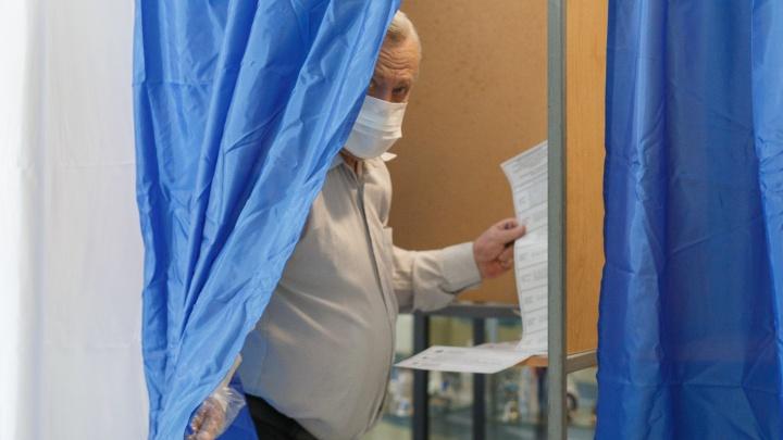 Сейфы для бюллетеней со съемным дном: в Волгограде наблюдатели сообщают об очередных нарушениях на выборах