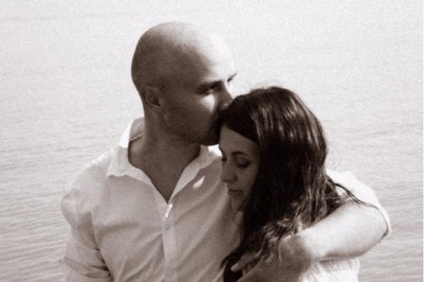 Супруга Константина Калинина Дарья сказала, что это — самое любимое совместное фото с мужем
