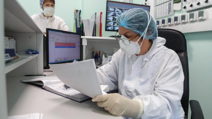 Среди них — один врач: коронавирус за сутки убил еще 15 волгоградцев