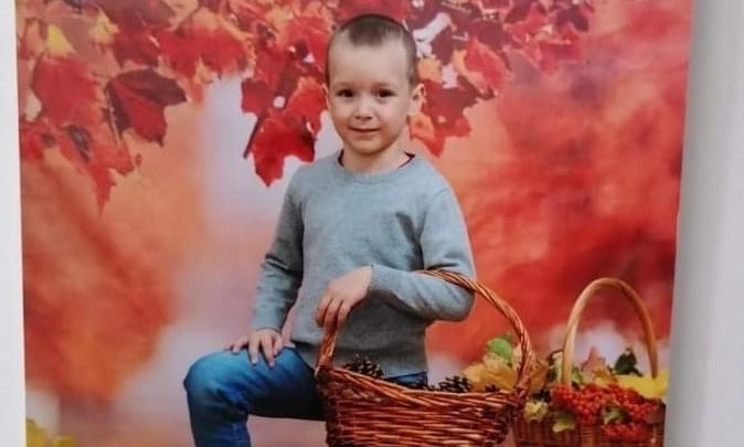 В Волжском ищут без вести пропавшего мальчика в желтой куртке