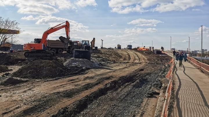 Мост на Малиновского откроется в начале мая. Но не для всех
