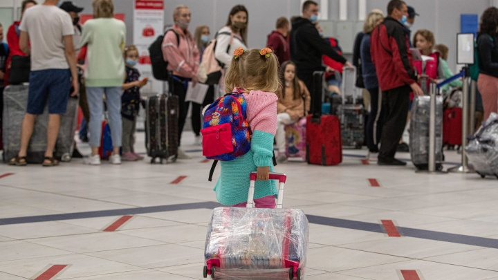 Из Новосибирска в Турцию отправился первый рейс — 10 фото счастливых путешественников