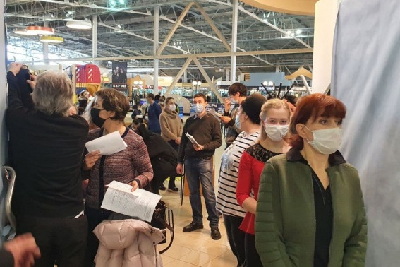 В марте в торговых центрах Екатеринбурга будут прививать от COVID-19