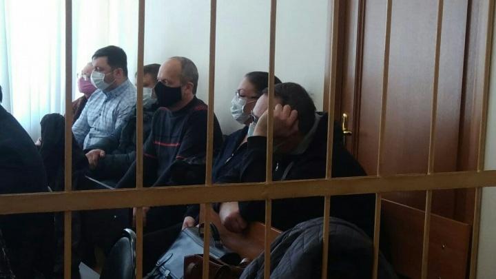 Наживались на стариках и инвалидах: в Ярославле начался суд по делу банды черных риелторов