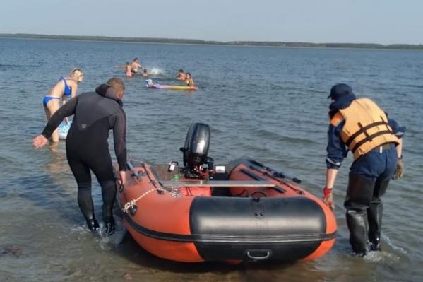Спасатели ищут женщину уже вторые сутки