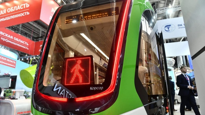Транспорт «Иннопрома»: изучаем стильный трамвай и троллейбус, которые не купят для Екатеринбурга