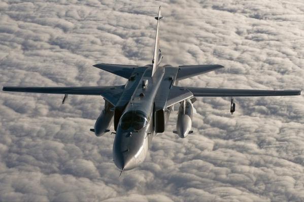 Летчики успели катапультироваться перед падением