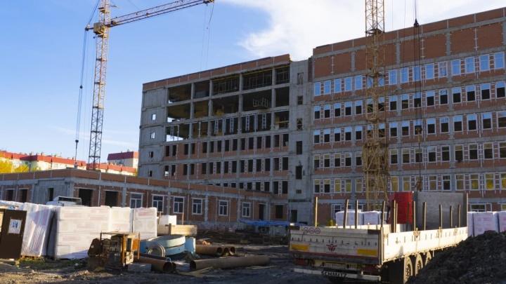 Власти Кузбасса рассказали о достройке больницы, которая стоит уже 30 лет