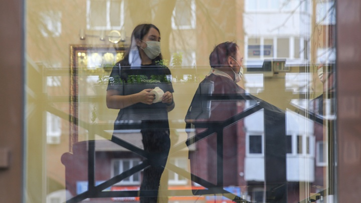 В торговых центрах и кафе Уфы нашли нарушения мер против коронавируса