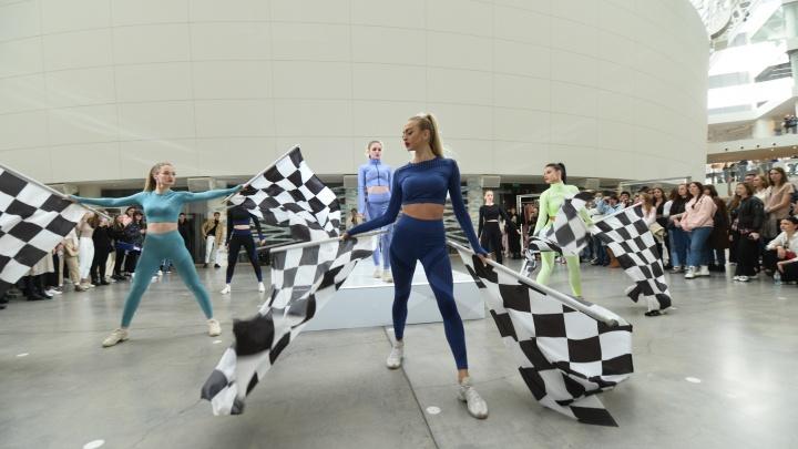 Bright Fashion Weekend: как прошел первый уральский спортивный показ мод в Екатеринбурге