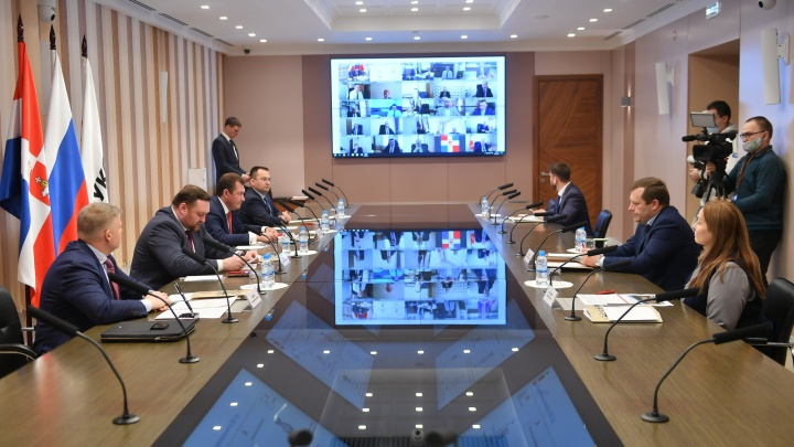 Нефтяники и главы муниципалитетов Прикамья заключили новое соглашение о сотрудничестве