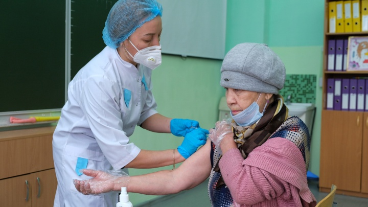 «Меня уволят?» Юрист объяснила, как будет работать обязательная вакцинация в Челябинской области