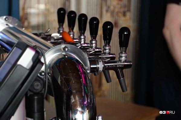 Пивные краны сотрудники магазина разливных напитков должны мыть дважды в день