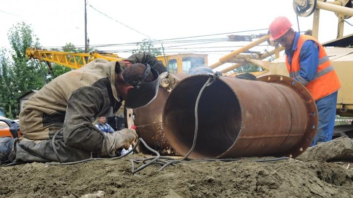 В Волгограде на перекрестке Социалистической и Академической начали ремонт теплотрассы