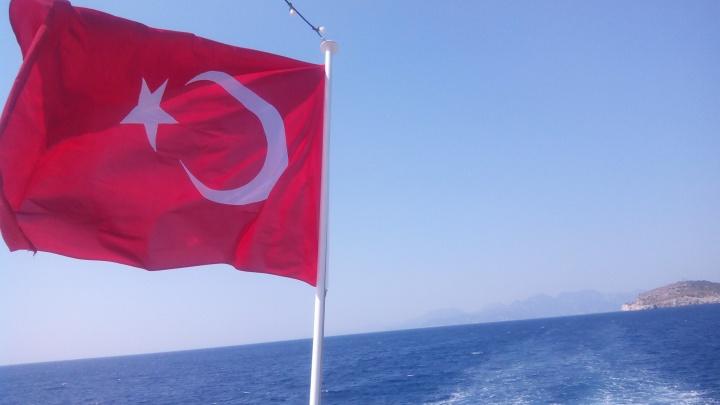 «Мы попали в ловушку»: купившие путевки в Турцию челябинцы теряют отпуска