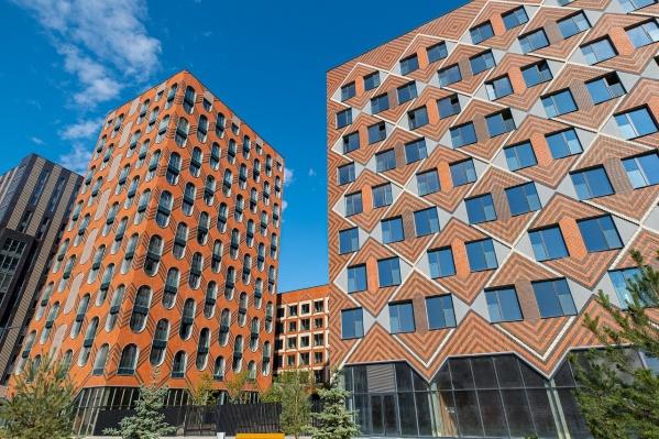 С 28 по 30 июля в Омске пройдут дни знакомства с компанией «Две столицы», которая поможет подобрать недвижимость в Москве и Петербурге
