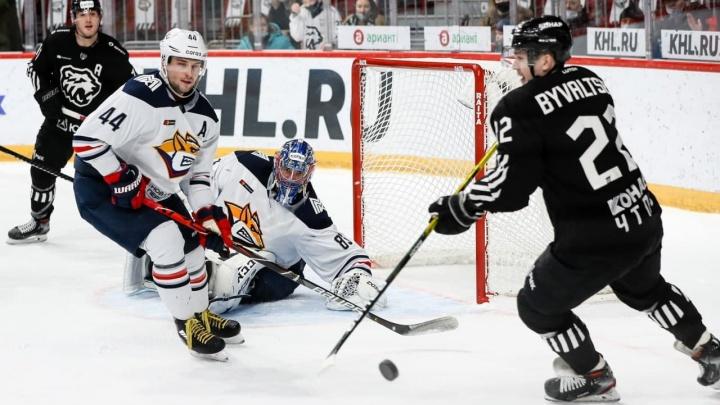 Челябинский «Трактор» обыграл «Металлург» вфинале домашней серии