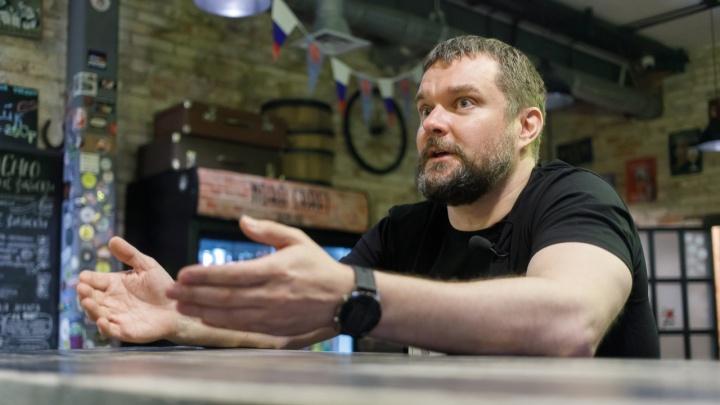 «А зачем их делать черными?»: владелец бара решил сделать в Волгограде бизнес на пельменях