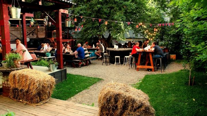 7 ресторанных двориков Новосибирска: где они находятся и чем там кормят (выглядит круто!)