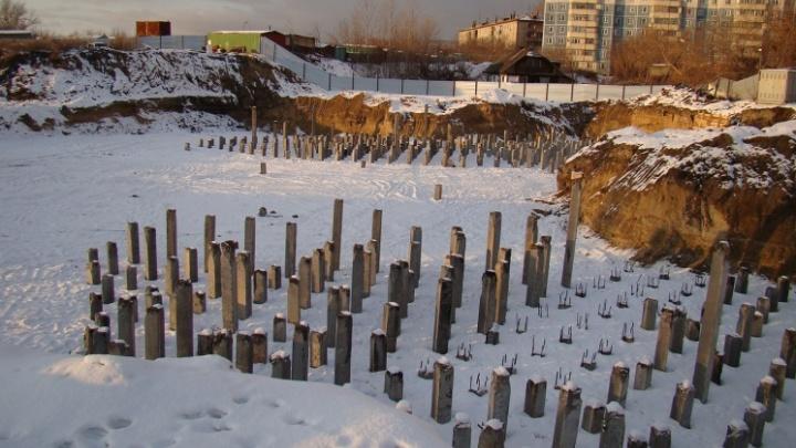 Строительный холдинг из Санкт-Петербурга лишился участка на берегу Оби в Новосибирске