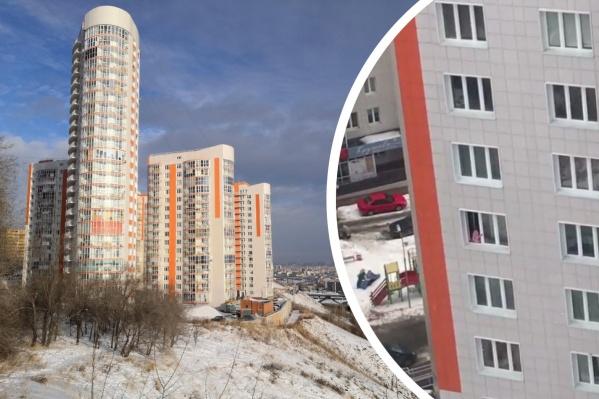 Борисова, 36 — это самый высокий дом на фото