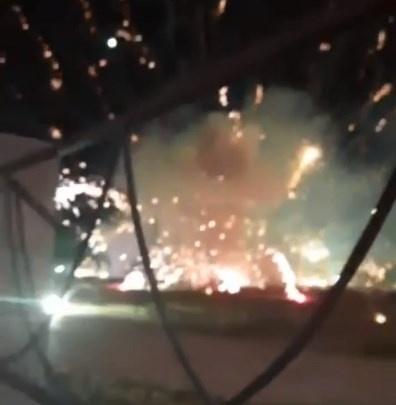 Салют в Стерлитамаке закончился пожаром. Момент попал на видео
