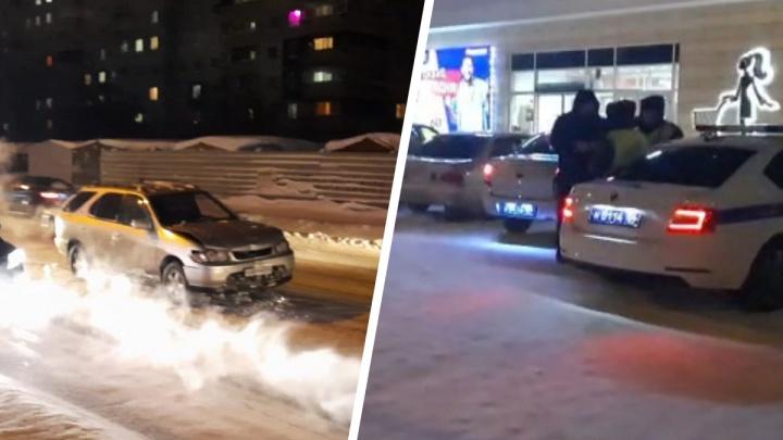 Сибиряк на угнанном «Ниссане» въехал в автобус, спасаясь от полицейских